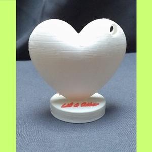 Esküvői Asztaldísz   Köszönőajándék  Ültetőkártya-tartó, Esküvő, Esküvői dekoráció, Meghívó, ültetőkártya, köszönőajándék, Egyéb, Mindenmás, Decoupage, transzfer és szalvétatechnika, Egyéni megrendelés alapján 3D nyomtatással, biológiai úton lebomló műanyagból készülő esküvői asztal..., Meska