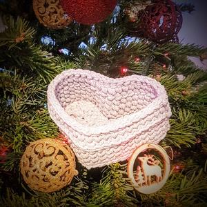 Szív alakú horgolt kosár  ajándékba (PlumHandmade) - Meska.hu