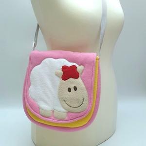 Bárányos válltáska sárga-pink színkombinációval, Gyerek & játék, Baba-mama kellék, Táska, Divat & Szépség, Táska, Válltáska, oldaltáska, Patchwork, foltvarrás, Varrás, A válltáska külső része bolyhosodásmentes micropolárból készült, a bélés pedig pamutvászonból. A 2 c..., Meska