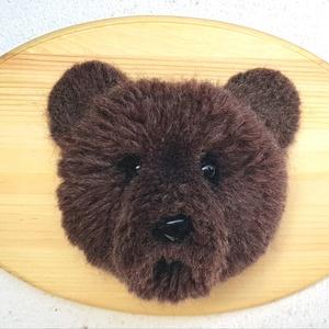 Pompom medve fatáblán (PomPomTunder) - Meska.hu