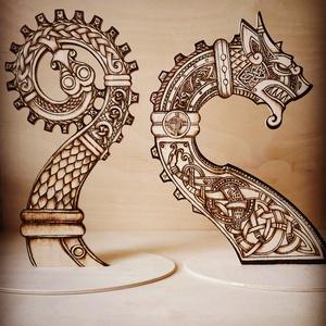 Viking hajó , Dísztárgy, Dekoráció, Otthon & Lakás, Gravírozás, pirográfia, 4 elemből álló asztali vagy polcra helyezhető dísz, kelta motívumokkal díszítve pirográf technikával..., Meska