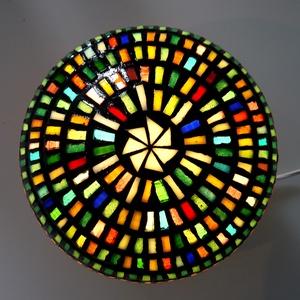 REKREDENC - Mozaik design gömb hangulatlámpa, Otthon & lakás, Lakberendezés, Lámpa, Hangulatlámpa, Mozaik, 27 cm átmérőjű gömb hangulatlámpa mozaik díszítéssel, akár sötétben fluoreszkáló mozaikkal is.\nA kép..., Meska