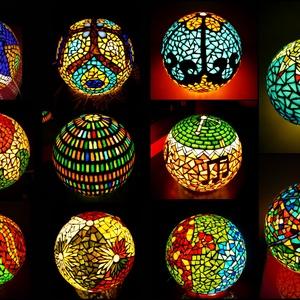 REKREDENC -  mozaik technikával díszített hangulatlámpák, Hangulatlámpa, Lámpa, Otthon & Lakás, Üvegművészet, Mozaik, Gyönyörűen világító, mozaik technikával díszített gömb alakú hangulatlámpák, fluoreszkáló díszítésse..., Meska