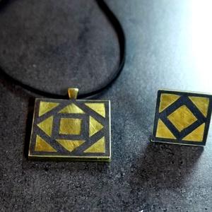 Réz mozaik medál + gyűrű   INGYEN POSTA!, Medálos nyaklánc, Nyaklánc, Ékszer, Ékszerkészítés, Mozaik, Kézzel készült, négyzet  alakú mozaik medál, valódi réz mozaikkal, fekete alappal. Mintájában és any..., Meska