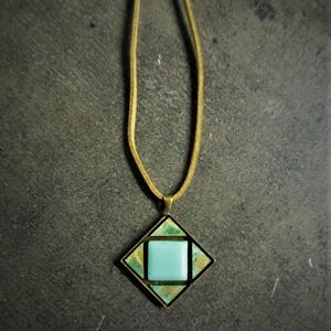 Patinázott réz- és üvegmozaik nyaklánc (n39)   - INGYEN POSTA, Ékszer, Nyaklánc, Medálos nyaklánc, Ékszerkészítés, Mozaik, Patinázott rézmozaikból és üvegmozaikból kézzel készült nyaklánc (2,5x2,5 cm)\n\nKérhető fekete vagy b..., Meska