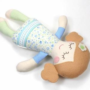 Kislány Baba,  Játékbaba, Textilbaba, Rongybaba, Textil Játék- Rózsaszín Zöld Virágos Bella, Játék, Gyerek & játék, Baba játék, Baba, babaház, Plüssállat, rongyjáték, Újrahasznosított alapanyagból készült termékek, Varrás, Bella baba 100% termeszetes eredetű alapanyagokból készült. \n\nEz a szépséges kislány  baba kedves ba..., Meska