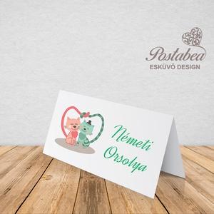 Cicás esküvői ültetőkártya, Esküvő, Meghívó, ültetőkártya, köszönőajándék, Esküvői dekoráció, Otthon & lakás, Naptár, képeslap, album, Fotó, grafika, rajz, illusztráció, Papírművészet, Esküvői ültetőkártya jó minőségű bordázott művészpapíron.\nSaját tervezésű és kivitelezésű, minőségi ..., Meska