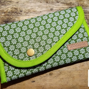 Zsebkendő tartó, kisebb telefontok, kártyatartó…, Táska, Divat & Szépség, Táska, Pénztárca, tok, tárca, Neszesszer, Zsebkendőtartó, Mobiltok, Varrás, Praktikus, ízléses zsebkendő tartó, nélkülözhetetlen darabja egy női táskának.\nAlkalmas egy kisebb t..., Meska