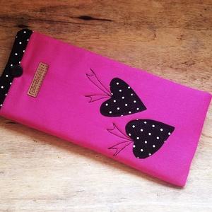 Pink mobiltartó, telefontok..., Táska, Divat & Szépség, Táska, Pénztárca, tok, tárca, Mobiltok, Patchwork, foltvarrás, Varrás, Nagyobb méretű telefonokhoz készült ez a dekoratív mobiltok.\nElejét egyedi minta és szabad gépi tűzé..., Meska