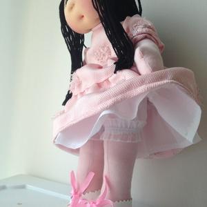 Bea baba, Gyerek & játék, Játék, Baba, babaház, A babácska 34 cm magas. Teste pamut dzsörzé, feje lycra anyag, haja kötőfonal, szeme gyöngy. A teste..., Meska