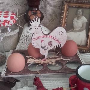 nagyi kakasos tojástartója (pozsgigi) - Meska.hu