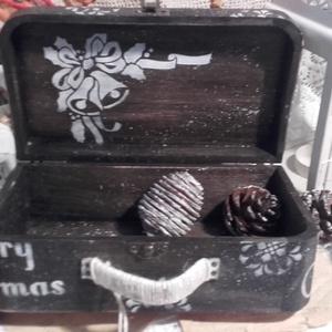 Mikulásos bőrönd - karácsonyi nosztalgia doboz (pozsgigi) - Meska.hu