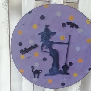 halloweenes csinos  boszi tábla, falikép, Otthon & Lakás, Táblakép, Dekoráció, 40 cm. átmérőjű, több soron lakkozott falra akasztható kép, mely csinos boszit ábrázol.  Alapanyaga ..., Meska