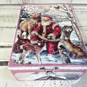 Mikulás és az erdei barátai - karácsonyi nosztalgia fadoboz, Karácsony & Mikulás, Karácsonyi dekoráció, A doboz mérete : 21 x 16 x 8 cm.  Alapanyaga: fa Több soron lakkozott. Szép és hasznos dísze lehet l..., Meska