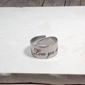 Nemesacél gravírozott gyűrű - Love you more, Ékszer, Gyűrű, Fémmegmunkálás, Ékszerkészítés, Nemesacél, állítható, gravírozott gyűrű - Love you more - felírattal, Meska