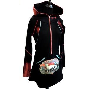 Sarki rókás zsebes felső, Ruha & Divat, Ruha, Női ruha, A felső alapanyaga fekete strech futter-pamut és batikolt pamut, elől egy világoskék zippzár találha..., Meska