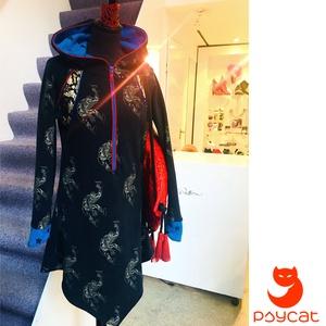 \'Pókember\' ruha, Ruha, Női ruha, Ruha & Divat, Varrás, A felső alapanyaga fekete mintás strech futter-pamut, elől egy királykék zippzár található, amelyet ..., Meska