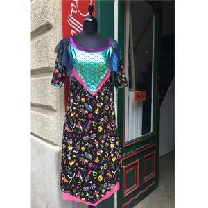 Sellő ruha, Táska, Divat & Szépség, Női ruha, Ruha, divat, Póló, felsőrész, Varrás, Halpikkelyes, irizált metálfóliás strech anyag a ruha felső részén, alóla kilóg egy vágott szélű neo..., Meska