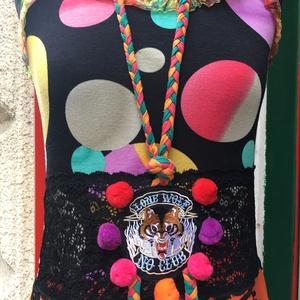 Pomponos ruha, Táska, Divat & Szépség, Női ruha, Ruha, divat, Ruha, Varrás, Színes gömbös pamut-viszkóz-lycra nyakbakötős felsőrészét szívárványszínű fodros gumicsipke díszíti...., Meska
