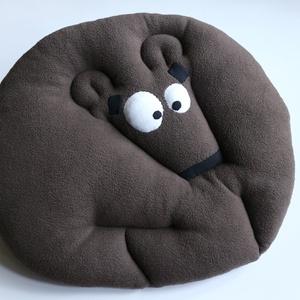 Medvede, Játék & Gyerek, Plüssállat & Játékfigura, Maci, Medvede az álmok szakértője. Tapasztalatból tudja milyen egy jót aludni. Ehhez még a hatalmas jatszó..., Meska