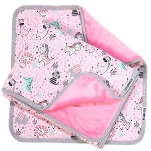 Bébitakaró kispárnával cuki állatok rózsaszín 70x100, Játék & Gyerek, Babalátogató ajándékcsomag, Varrás, Bébi takaró, minőségi pamut alapanyagból, mely bárhová elkísér Benneteket a babával, legyen szó utaz..., Meska