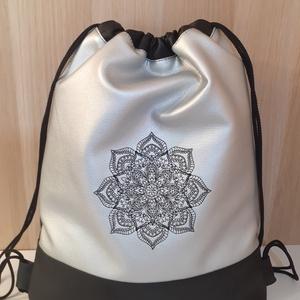Ezüst- fekete gymbag mandala mintával, Táska & Tok, Hátizsák, Hímzés, Varrás, Meska