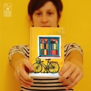 AKCIÓS Biciklis határidőnapló, Képzőművészet, Otthon & lakás, Illusztráció, Naptár, képeslap, album, Jegyzetfüzet, napló, Fotó, grafika, rajz, illusztráció, Könyvkötés, JAQUE-LOUIS illusztrációs nyomdában készült füzet\n- mérete: A5 (14.8x21.0 cm)\n- 100 lapos\n- spirál f..., Meska