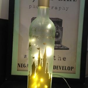 """Tündérpalota borospalack varàzslàmpa, Otthon & Lakás, Lámpa, Hangulatlámpa, Újrahasznosított alapanyagból készült termékek, Fotó, grafika, rajz, illusztráció, Újrahasznosított borospalack hangulatlámpa tengeri üveg (seaglass) hatású, matt arany dekorral. \n\""""A ..., Meska"""
