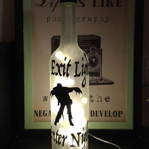 Metallica inspirálta Halloween palack lámpa, Otthon & Lakás, Lámpa, Hangulatlámpa, Újrahasznosított alapanyagból készült termékek, Fotó, grafika, rajz, illusztráció, Újrahasznosított borospalack hangulatlámpa halloween-re vagy csak úgy.\n\nHomokfúvott hatású üveg spra..., Meska