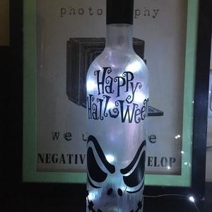 Ijesztő Halloween palack lámpa, Otthon & Lakás, Lámpa, Hangulatlámpa, Újrahasznosított alapanyagból készült termékek, Fotó, grafika, rajz, illusztráció, Újrahasznosított borospalack hangulatlámpa halloween buliba ajándékba. Egyedi és ötletes, tutisikere..., Meska