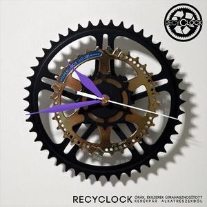recyclock CHR-385 - falióra újrahasznosított kerékpár alkatrészből, Férfiaknak, Lakberendezés, Otthon & lakás, Falióra, óra, Bringás kiegészítők, Újrahasznosított alapanyagból készült termékek, Ötvös, Egyedi, kerékpár alkatrészekből készített falióra. \nA CWB sorozat órái elsősorban a kerékpárok lánct..., Meska