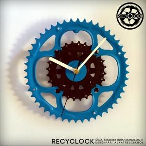recyclock CWC-011- falióra újrahasznosított kerékpár alkatrészből, Férfiaknak, Otthon & lakás, Lakberendezés, Falióra, óra, Bringás kiegészítők, Újrahasznosított alapanyagból készült termékek, Ötvös, Egyedi, kerékpár alkatrészekből készített falióra. \nA CWC sorozat órái elsősorban a kerékpárok lánct..., Meska