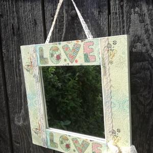 Fali tükör, pillangókkal és csipkével. :-), Otthon & lakás, Gyerek & játék, Esküvő, Dekoráció, Gyerekszoba, Nászajándék, Fali tükör, mely szívmelengető és különleges mintájával egyedi dekorációja lehet otthonodnak, vagy k..., Meska