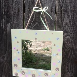 Fali tükör, pöttyökkel, strasszokkal, buborékokkal. :-), Otthon & lakás, Gyerek & játék, Esküvő, Dekoráció, Gyerekszoba, Nászajándék, Fali tükör, mely bohókás és különleges mintájával egyedi dekorációja lehet otthonodnak, vagy kislány..., Meska