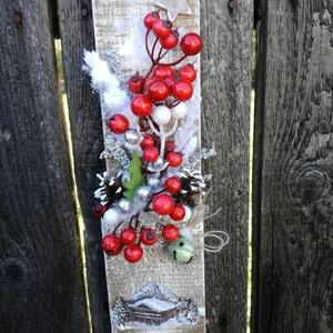Különleges karácsonyi dekoráció. :-), Otthon & Lakás, Karácsony & Mikulás, Karácsonyi dekoráció, Virágkötés, Fali dekoráció készült, mely egyediségével szép kiegészítője lehet otthonodnak karácsonykor. :-)\nFa ..., Meska