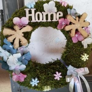 Virágos ajtódísz. :-), Dekoráció, Otthon & lakás, Lakberendezés, Ajtódísz, kopogtató, Virágkötés, Natúr ajtódísz készült pasztell selyemvirágokkal. :-)\nMoha alapra tűztem a selyem-és favirágokat és ..., Meska