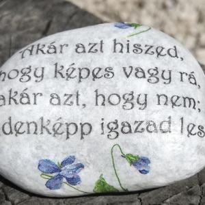 Feliratos kő, idézetekkel. :-) - Meska.hu