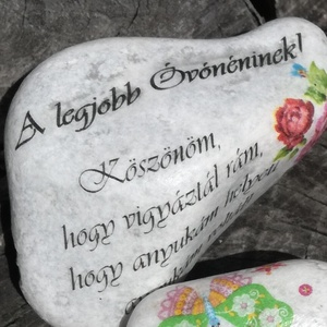 Óvónéninek köszönő kő. :-), Kavics & Kő, Dekoráció, Otthon & Lakás, Decoupage, transzfer és szalvétatechnika, Festett tárgyak, Követ díszítettem és feliratot tettem rá. \nAjándékozz meg vele egy szeretett Óvónénit :-)\nHa saját s..., Meska