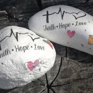 Hit-Remény-Szeretet. Feliratos, mintás kő, transzferálva. :-) - Meska.hu