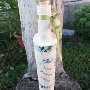 Születésnapos zsinóros italos üveg. :-), Díszüveg, Dekoráció, Otthon & Lakás, Decoupage, transzfer és szalvétatechnika, Pamutzsinórral tekert, szép formájú üveg, szülinapi itókáknak. :-)\n, Meska