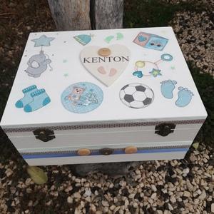Minőségi, nagyméretű babaváró fényképes, egyterű doboz, kisfiúknak, transzfer-technikával. :-), Doboz, Tárolás & Rendszerezés, Otthon & Lakás, Decoupage, transzfer és szalvétatechnika, Festett tárgyak, Minőségi, asztalosom által készített, erős fadoboz.  Nagyméretű fa doboz, mely egyedi ajándék lehet ..., Meska