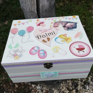 Minőségi, egyterű babaváró doboz a baba fotójával. :-) - Meska.hu