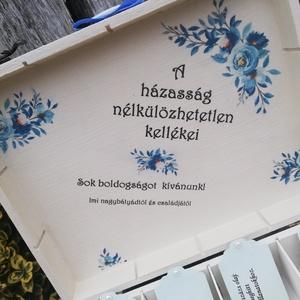 12 rekeszes ajándékátadó doboz esküvőre, nászpárral, egyedi mintával, felirattal. :-)  - Meska.hu