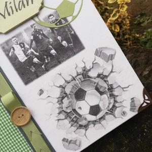 Focis fotóalbum, focisták képével, egyedi mintákkal és egy kisfiú nevével. :-) - Meska.hu