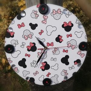 Mickey egér mintás, nagyméretű falióra gombokkal. :-) - Meska.hu