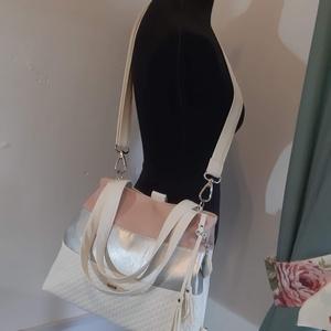 3in1 Válltáska / Hátizsák / Oldaltáska variálható, Táska, Divat & Szépség, Táska, Válltáska, oldaltáska, Hátizsák, Varrás, Ezt a táskát fehér-ezüst-púderrózsaszín műbőrből készítettem, és színben harmonizáló design textille..., Meska