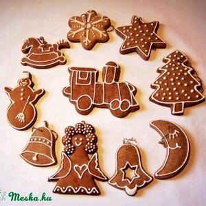 Mézeskalács karácsonyfa díszek (10 db-os), Dekoráció, Otthon & lakás, Ünnepi dekoráció, Karácsony, Karácsonyfadísz, Mézeskalácssütés, Nem hiányozhat a karácsonyfáról a fűszeres illatú mézeskalács. Hagyományos és újszerű sablonokat egy..., Meska