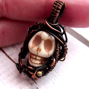 Múló idő Skull koponyás medál /nyaklánc, Ékszer, Medál, Nyaklánc,  Egyedi, egyetlen példányban készült romantikus ékszer. 14 mm-es türkenit koponyácskát foglaltam be ..., Meska