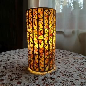 Mozaik lámpa - bézs, Lakberendezés, Otthon & lakás, Lámpa, Asztali lámpa, Hangulatlámpa, Mozaik, Mindenmás, A barna különböző árnyalataiból vágott üvegdarabokkal díszített henger alakú lámpa különleges és egy..., Meska