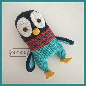 """Frappé a pingvin, Gyerek & játék, Játék, Baba játék, Játékfigura, Horgolás, Frappé volt a főszereplő jelölt a \""""Madagaszkár pingvinjei\"""" válogatáson. Viszont a színes szmokingja ..., Meska"""